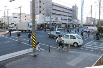 危険な交差点歩車分離化
